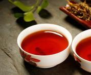 如何欣赏茶汤色?品茶,这一步不容错过